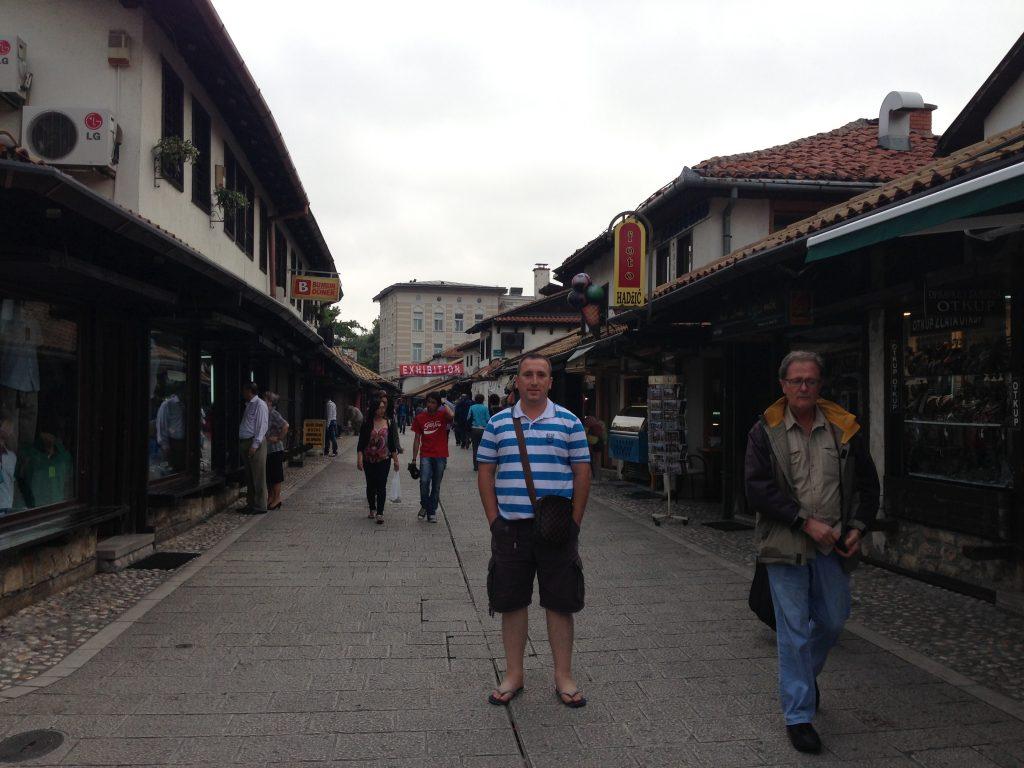 Saraybosna gezilecek yerler - Ferhadiye caddesi