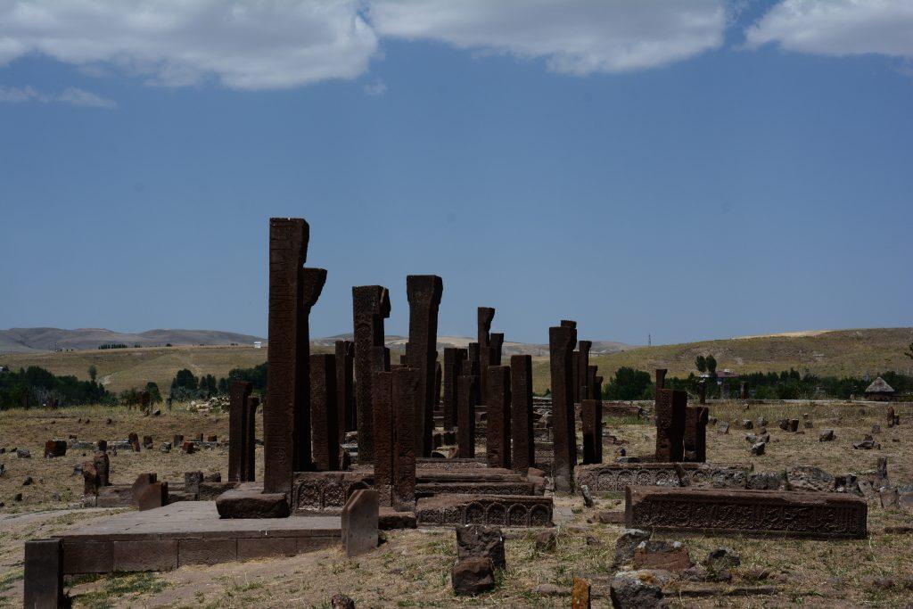 Türkiye'de görülmesi gereken 100 şey - Ahlat Selçuklu Mezarları