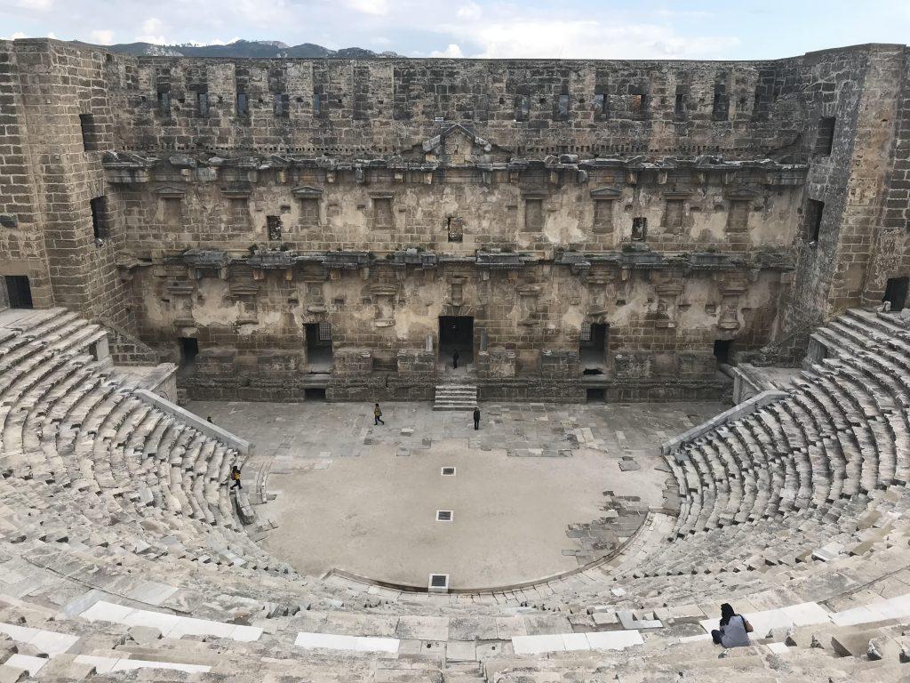 Aspendos Antik Kenti - Antalya'da Görülecek en güzel tiyatrolardan