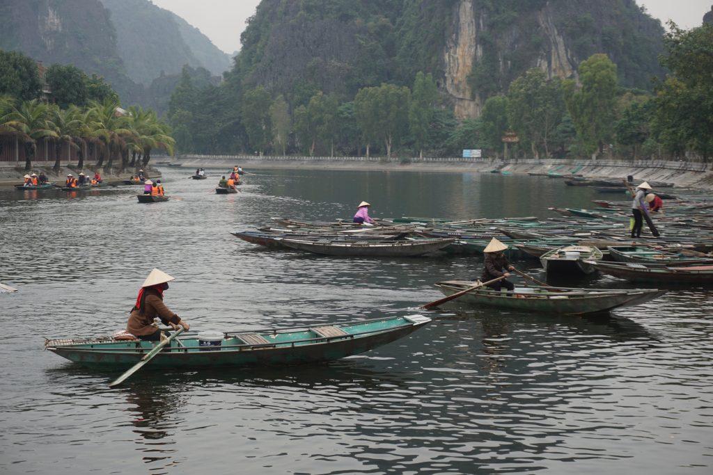 Vietnam'da gezilecek yerler - Tam Coc nehri