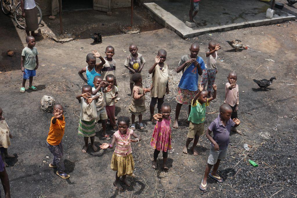 Afrika'da yaşam - Bahtı güzel çocuklar