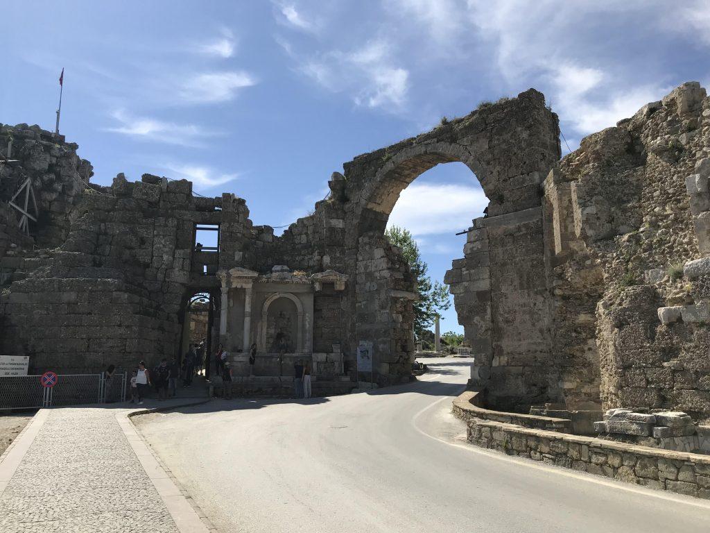 Side Antik Kenti - Şehrin kapısı